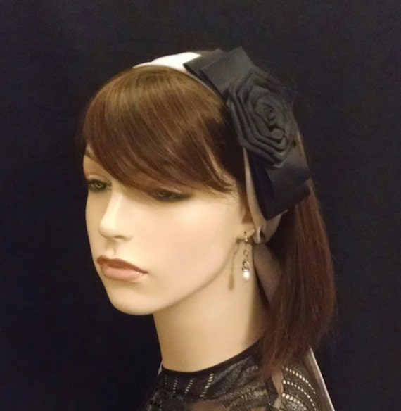 Smart satin bow and crepe de chine headband