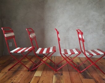 Vintage Folding Bistro Metal and Wood Slat Chairs, Outdoor/Indoor/Patio, Chipped Paint, Red and White Paint, Patio Chairs, Garden Chairs