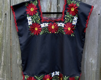 Frida Kahlo // Mexican Blouse //  Mayan Mexican Blouse // Authentic Huipil Blouse // Black top