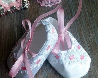 White christening shoes, newborn shoes, baby girl slippers, baptism ballerina shoes, dressy ballet flats, white baby shoes, wedding shoes