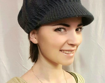Gray knitted newsboy hat