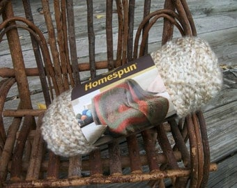 LION BRAND Homespun Yarn..DESTASH..Color #412 Pearls....1 skein..Bulky Weight #5