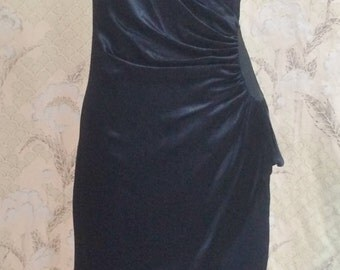 Black Evening Gown/1980s Black Gown