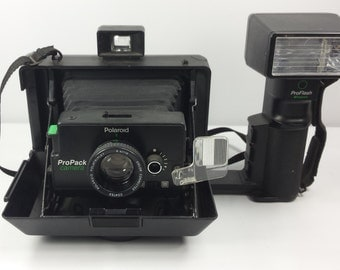 Vintage 1994 Polaroid ProPack Instant Film Camera Type EE 100 w Flash Set