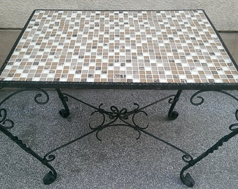 Wrought iron table with Fließenplatte