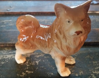 Porcelain dog figurine,  Keeshond figurine, Akita figurine, ceramic dog figurine, vintage dog collectible