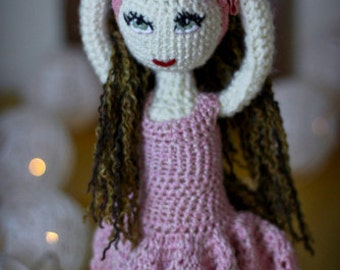 Crochet doll, photo prop, room decoration