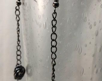 Single Möbius Flower Chainmaille Earrings