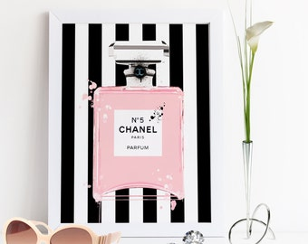 CHANEL PERFUME BOTTLE,Coco Chanel No5 Paris,Fashion Illustration,Gift For Birthday,Fashionista,Gift For Wife,Modern Wall Art,Chanel Print
