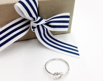 Pretzel Silver Knot Ring in Sterling Silver, Love Knot Ring, Tie The Knot, heart shaped Pretzel ring,Promise ring, gift for her