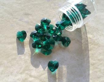 10mm Emerald Green Heart Pendant ~ Swarovski Crystal Beads Model SW6228 (Christmas)