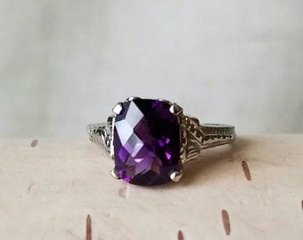 Amethyst Solitaire 18K White Gold Ring February Birthstone Ring