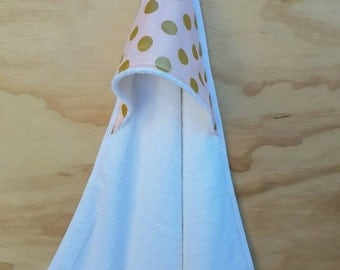 Classic hooded baby towel | PINK + GOLD + Polka dots | Baby girl | Baby shower gift | Nursery | Bath towel |