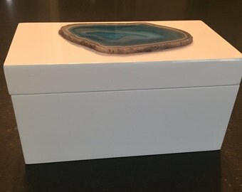 Small White Lacquer Box with a Teal Geode