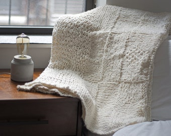 Throw Blanket, Chunky Blanket, Knit Blanket, White Throw Blanket, Decorative Blanket, Sofa Throw Blanket, Christmas Gift, Housewarming Gift
