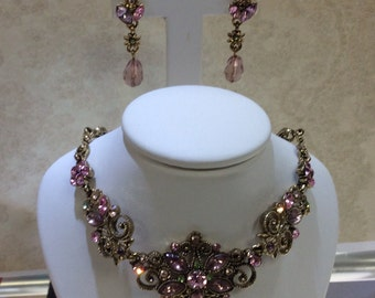 Vintage Avon necklace and earrings