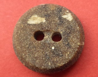 10 small brown buttons 15mm (3196) button