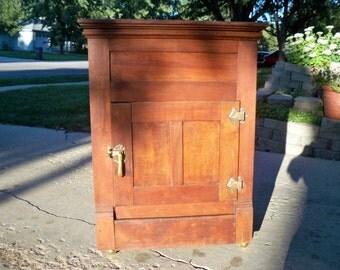 Vintage Antique Mahogany Oak Ice Box Refrigerator, Vintage Oak Ice Box, Kitchen Ice Box, Appliance Ice Box, 1900 Ice Box, LOCAL PICK UP Only