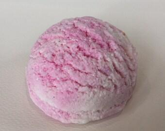 Raspberry Ripple Bubble Bar // Handmade // Vegan