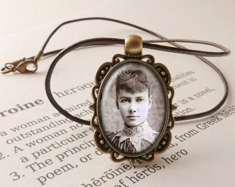 Nellie Bly Jewelry - Nellie Bly Pendant Necklace, Around the World in 80 Days Brooch, Elizabeth Cochran Seaman Jewellery, Nellie Bly Brooch