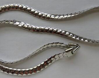 Vintage Napier Necklace Napier Silver Tone Herringbone Chain Necklace Vintage Jewelry Costume Jewelry Vintage Necklace Herringbone Necklace