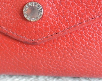 Red Leather Wallet// Authentic Leather Wallet// Danier Leather Wallet// Vintage Danier Wallet// Red Funky Wallet// Red Statement Wallet