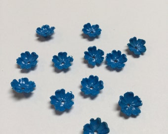 Vintage Plastic Flowers in Bright Blue - 24 Pieces - #384