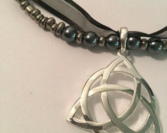 Celtic Knot Necklace Bracelet Set