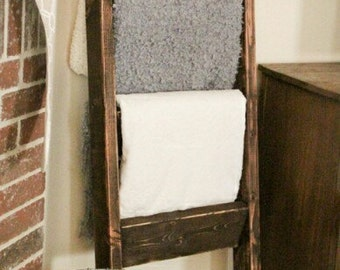 Rustic Ladder Stand