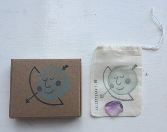 STAR SIGN BOX: handstamped Saggittarius sign with matching birthstone in muslin bag inside