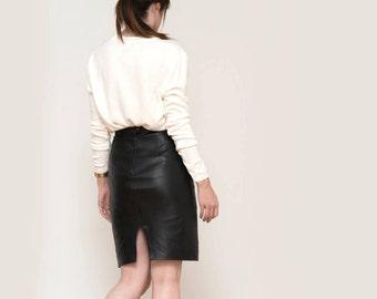 Black leather high waist pencil skirt - vintage