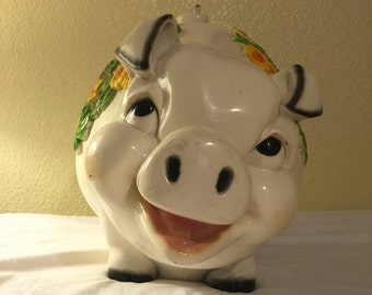 Vintage Universal Statuary Piggy Bank 1976