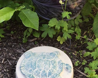 10 Inch Round Lightly Hand-Painted Concrete Turtle Stepping Stone, Garden Stone