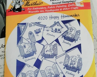 Aunt Martha's Transfer Pattern 4020 Happy Homemaker Adorable Iron Transfers New
