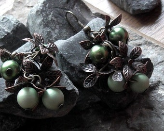 """Antique berries """"poisonous berries"""". Antique earrings copper bronze 