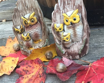 Vintage Owl Family Porcelain Figurines Set of Two, Mom and Dad Owl with Baby Owls Statue, Ceramic Owl, Woodland Figurine, Owl Knick Knack