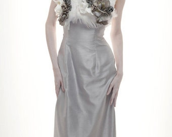 Silver Poly Dress with Skull/Rose/Feather Bodice to Match Victorian Skull Wig - Size 2