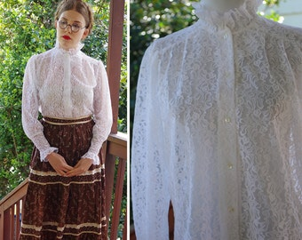VICTORIAN Revival 1960's 70's Vintage Sheer WHITE Lace High Collared Blouse with Ruffled Collar // size Medium