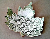 Ceramic Leaf Ring Dish Moss green and white with gold edging