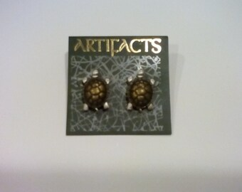 Vintage J & J Artifacts Turtle stud earring