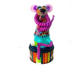 Mouse sculpture, Mouse decor, Mouse shelf sitter, Mouse decoration, Mouse figurine, Israeli Art, whimsical Mouse, collectible Mouse, design