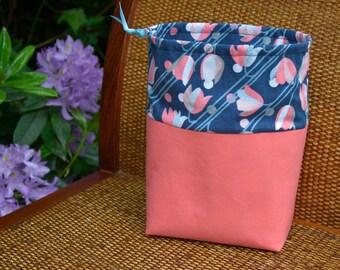 Knitting Drawstring Bag with Tulips