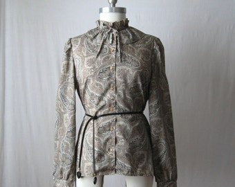 Paisley Blouse Secretary Shirt Tie Neck Ruffle Collar Blouse Vintage 70s 80s Shirt