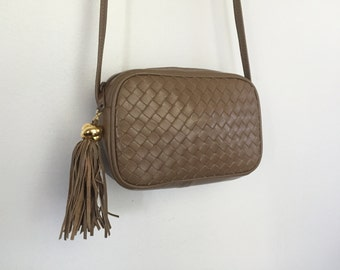 Fawn - Vintage Petite Woven Leather Tassel Purse.