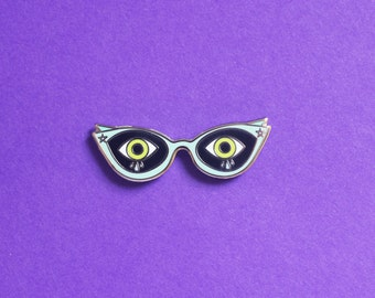 Scardy Cat Eyes Enamel Pin