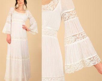 ViNtAgE 70's Gauze Cotton LACE Maxi Dress // Bell Sleeve Mexican Wedding Dress White 60's Angel Wing HiPPiE Boho Alternative Bohemian