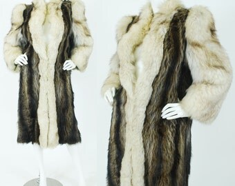 Incredible Glamorous 1980's Vintage Fox and Raccoon Fur Dramatic Shoulder Coat