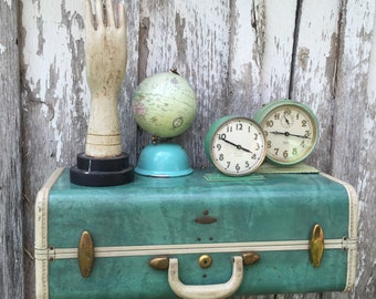 Vintage 1950s Samsonite Green Upcycled Suitcase Luggage Repurposed into a Wall Shelf