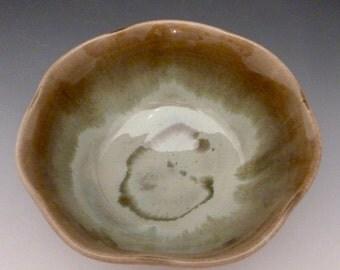 Bowl Medium Fluted Serving  310