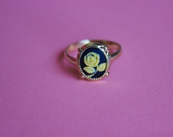 Tiny Yellow Rose Dainty Gold Cameo Ring